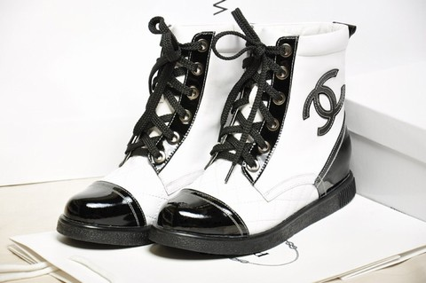 dbf03abaf8a5 chanel chaussures bebe,chanel chaussures femme 2011 annee,baskets chanel  haute couture 2014