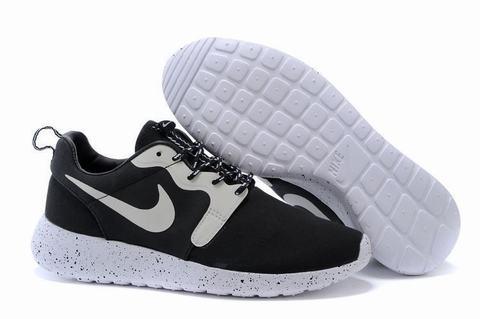 promo code da923 e3a89 chaussure nike roshe run pas cher,nike roshe femme noir et blanc